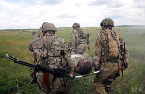 Бойовики потужно обстріляли Водяне, загинув український військовий