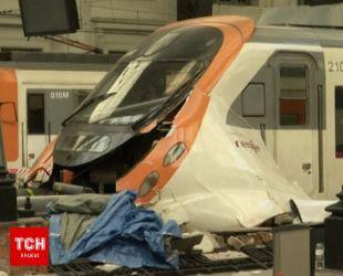 Более полусотни человек пострадали в результате аварии на железной дороге в Испании