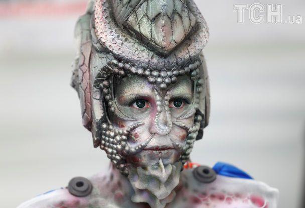 Обнаженные зомби и космические монстры. В Австрии стартовал удивительный фестиваль бодиарта