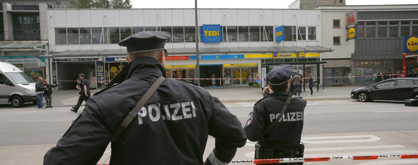 Нападавший из Гамбурга набросился с ножом на людей с надеждой, что он умрет как мученик - прокуроры