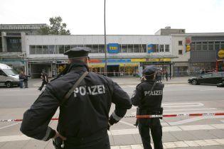 "Нападавший с ножом-мачете на супермаркет в Гамбурге выкрикивал ""Аллах Акбар"""