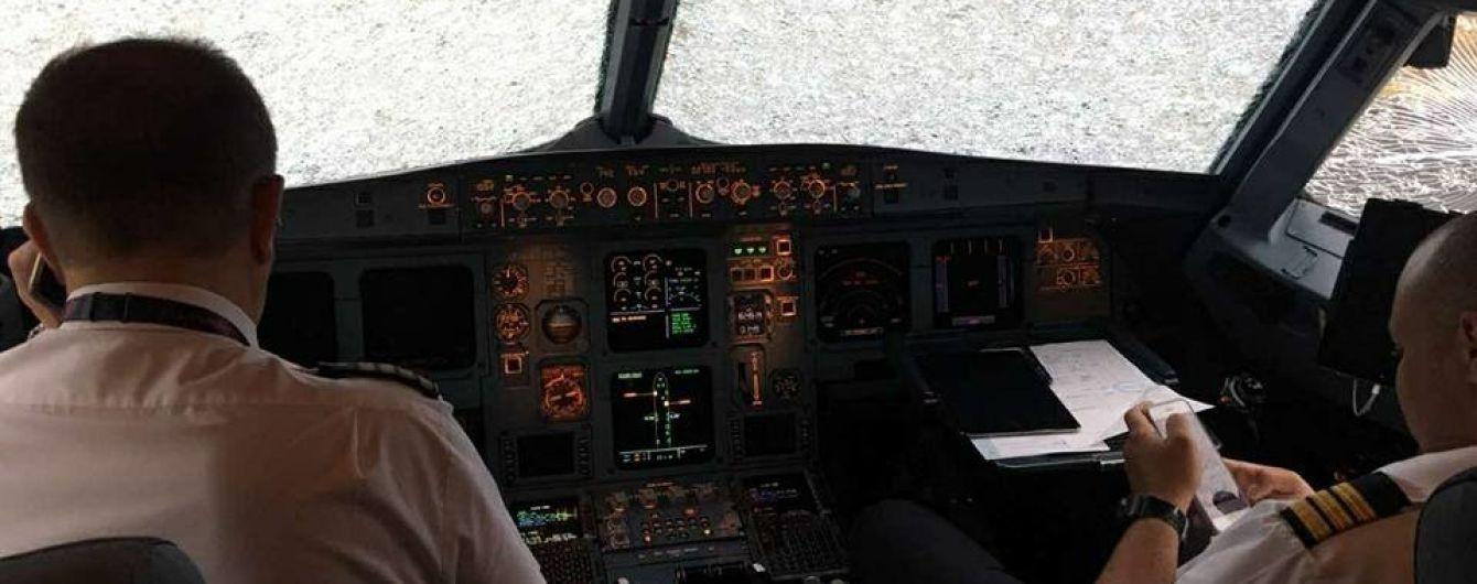 Эксклюзив ТСН. Украинский пилот рассказал, как посадил поврежденный градом самолет и поразил Турцию