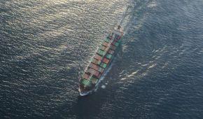 Катастрофа біля окупованого Криму: судно затонуло, один моряк досі не знайдений