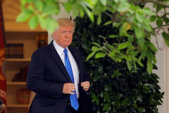 Трамп образився на Китай і звинуватив його в бездіяльності через ракети КНДР