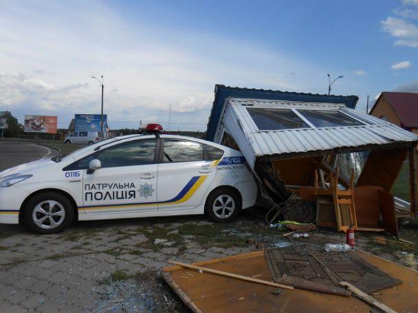 Розтрощений пост поліції та четверо поранених: на Рівненщині сталася моторошна ДТП