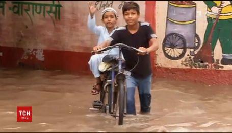 Індія потерпає від смертельної повені