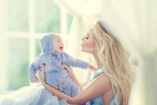 Молода дружина Тищенка замилувала фотосесією з крихітним синочком