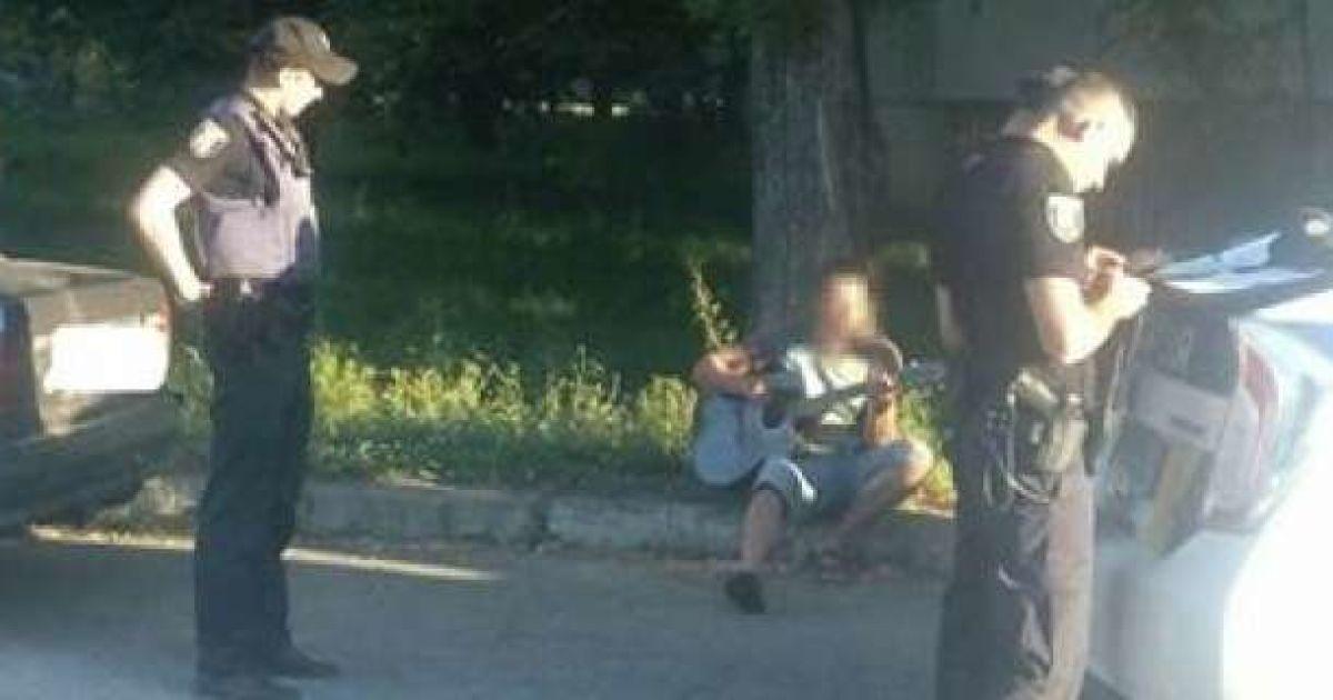 У Сумах водій напідпитку грав поліцейським на гітарі (2.07 17) 794f908dd6e72