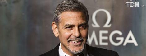 Щедрий Джордж Клуні подарував 14 друзям по мільйону доларів