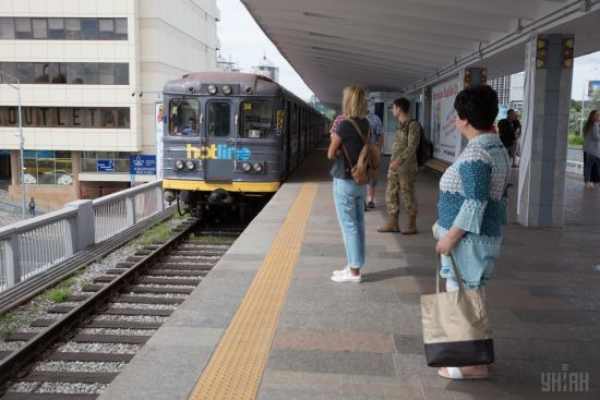 У столичному метро курсуватиме унікальний  мистецький потяг