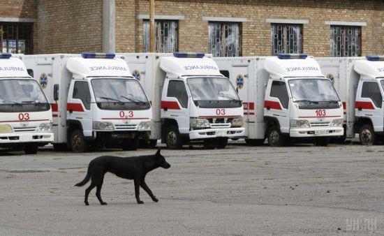 На Тернопільщині 61-річна жінка випала із переповненого автобуса