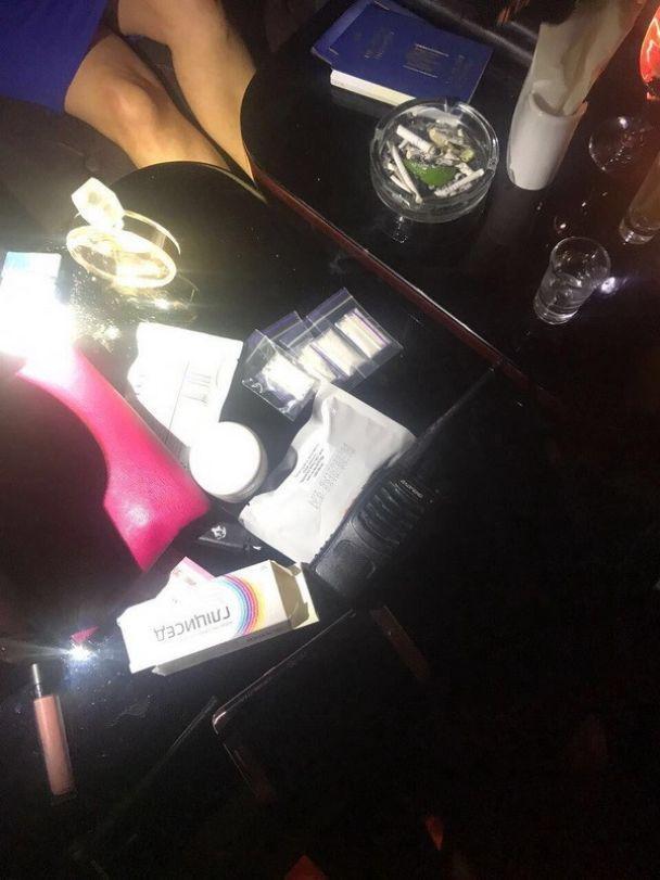 СБУ затримала мешканця Київщини, який перевозив у шлунку 28 презервативів із кокаїном