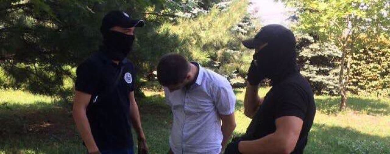 Правоохоронці затримали 15-го прокурора-корупціонера з початку року - Луценко
