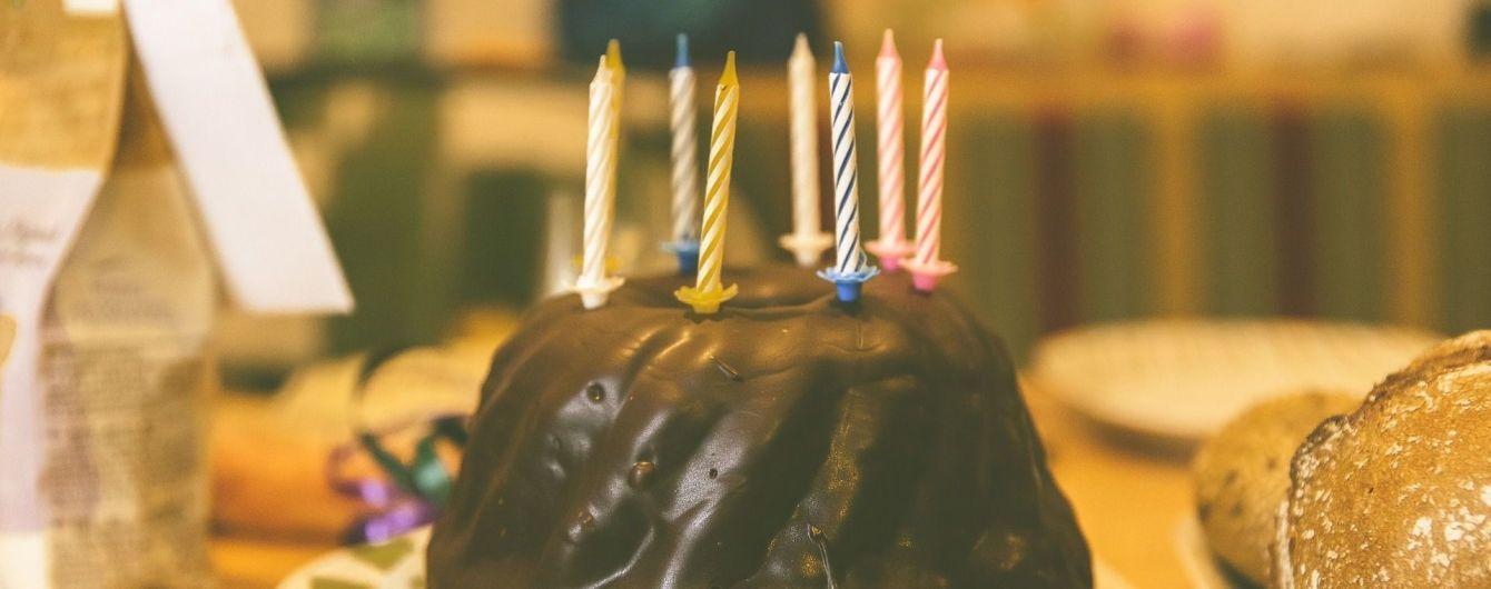 Опасная традиция: задувание свечей увеличивает количество бактерий на торте в 15 раз