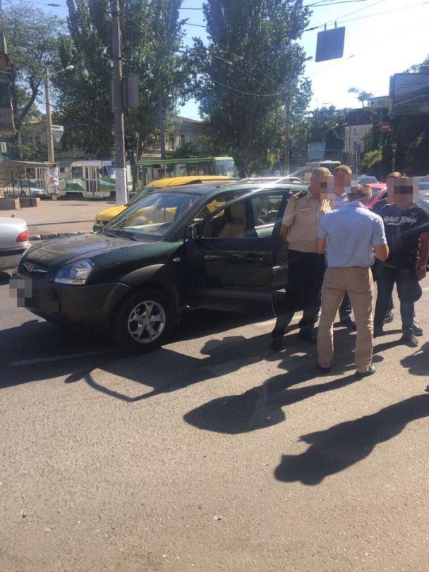 Один из руководителей одесской службы по чрезвычайным ситуациям погорел на взятке
