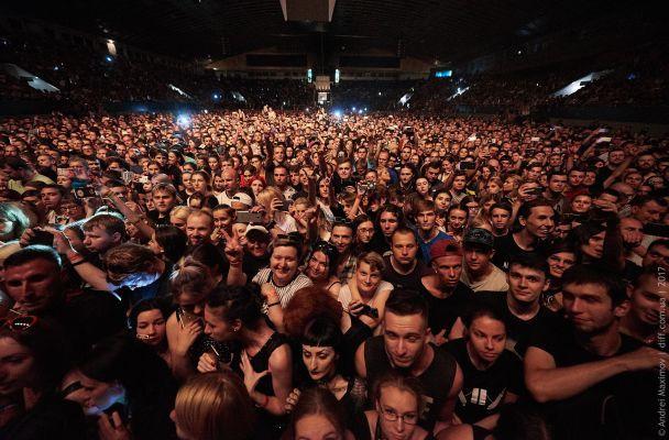 Мэрилин Мэнсон к украинской публике со сцены в Киеве: По сравнению с вами, Москва ноет, как с*чка