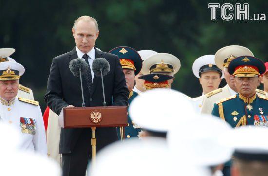 Одних тільки санкцій недостатньо, щоб зупинити план Путіна - Forbes