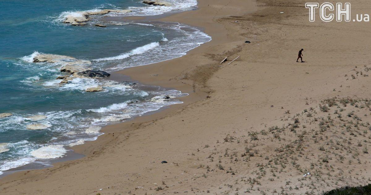 Отдых на полуострове Карпасія, северный Кипр.