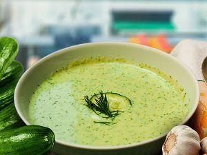 Замість борщу – холодний огірковий суп