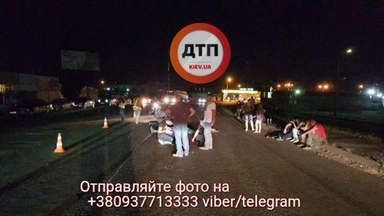 Смертельна ДТП у Києві: водія байка протягло разом з мотоциклом близько 30 метрів