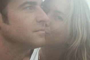 Счастливые и влюбленные: Джастин Теру показал редкое фото с Дженнифер Энистон в их годовщину свадьбы