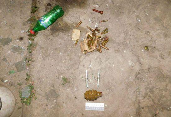 Схрони з гранатами і патронами: село Дачне біля фронту АТО обшукають після трагічного вибуху