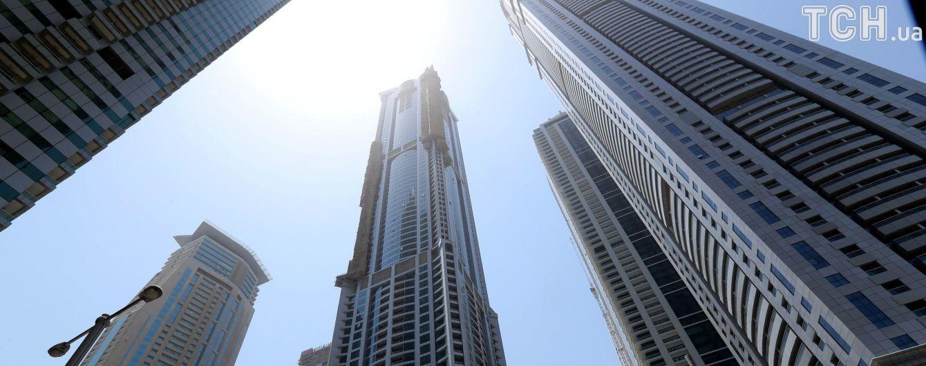 В Дубае снова загорелся небоскреб