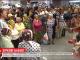 Повернення зірок: українські бабусі, які мандрували Європою прилетіли до України