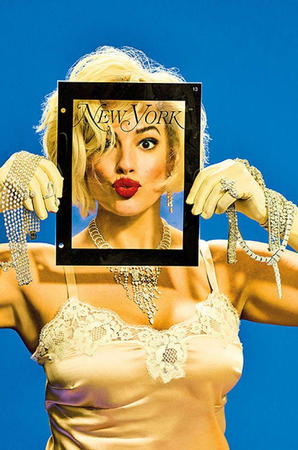 Модель plus-size Ешлі Грем в образі Монро та оголеної бестії у мереживі показала фігуру
