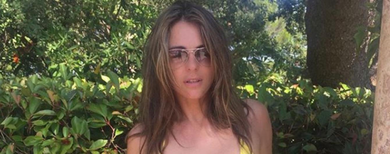 52-летняя Элизабет Херли продемонстрировала подтянутую фигуру в бикини