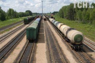 У Києві 15-річного підлітка вдарило струмом на даху вантажного вагона