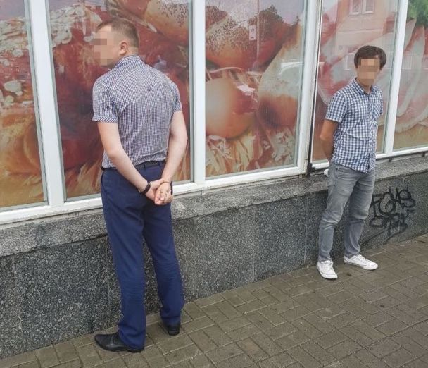 На Волині поліцейський погорів на хабарі у 130 тисяч гривень
