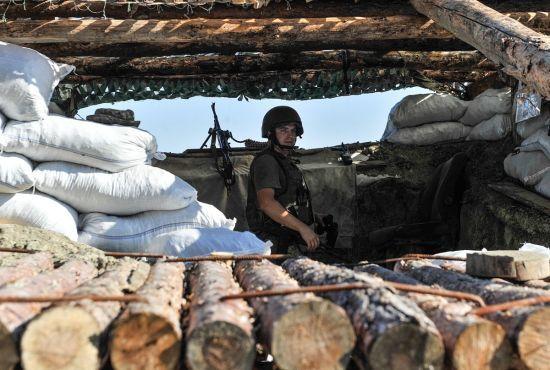 Безперервний обстріл Авдіївської промзони й восьмеро поранених бійців. Доба в зоні АТО