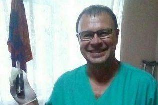 У Маріуполі медики та сапери витягли з ноги АТОвця нерозірвану гранату
