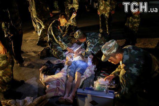 Китай евакуював понад 60 тисяч осіб після смертоносного землетрусу