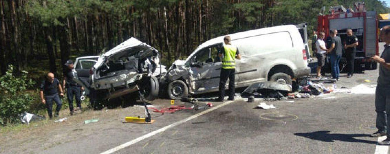 На трассе Киев-Ковель в ДТП погибли пять человек