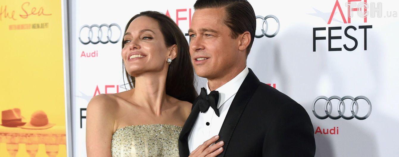 Розрив скасовується. Джолі та Пітт передумали розлучатися – ЗМІ