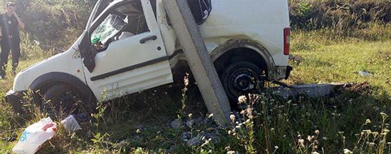 На Хмельниччині внаслідок моторошної ДТП загинуло молоде подружжя