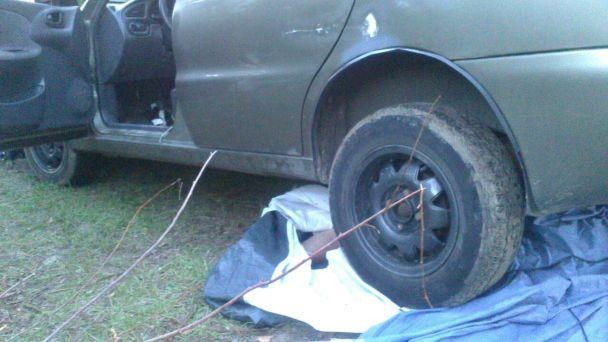 На Киевщине авто скатилось с холма прямо на палатку с отдыхающими, есть погибший