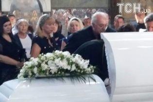 Похорон Ірини Бережної відбувся за підвищених заходів безпеки