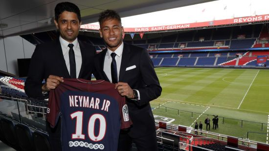 """""""Барселона"""" еще не получила деньги за Неймара, поэтому не передает трансферный сертификат"""