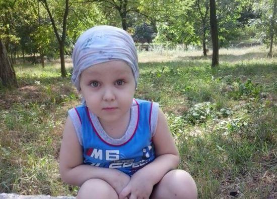 Допоможіть Данилку позбутися пухлини мозку