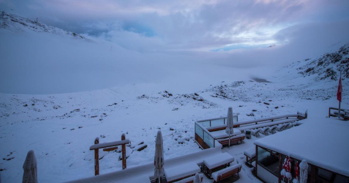 В Швейцарии выпал снег @ twitter.com/michelphotoCH