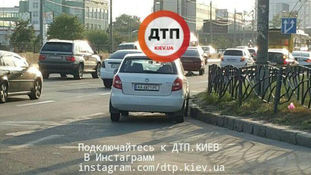 Масштабное ДТП: в Киеве из-за аварии пострадало шесть авто