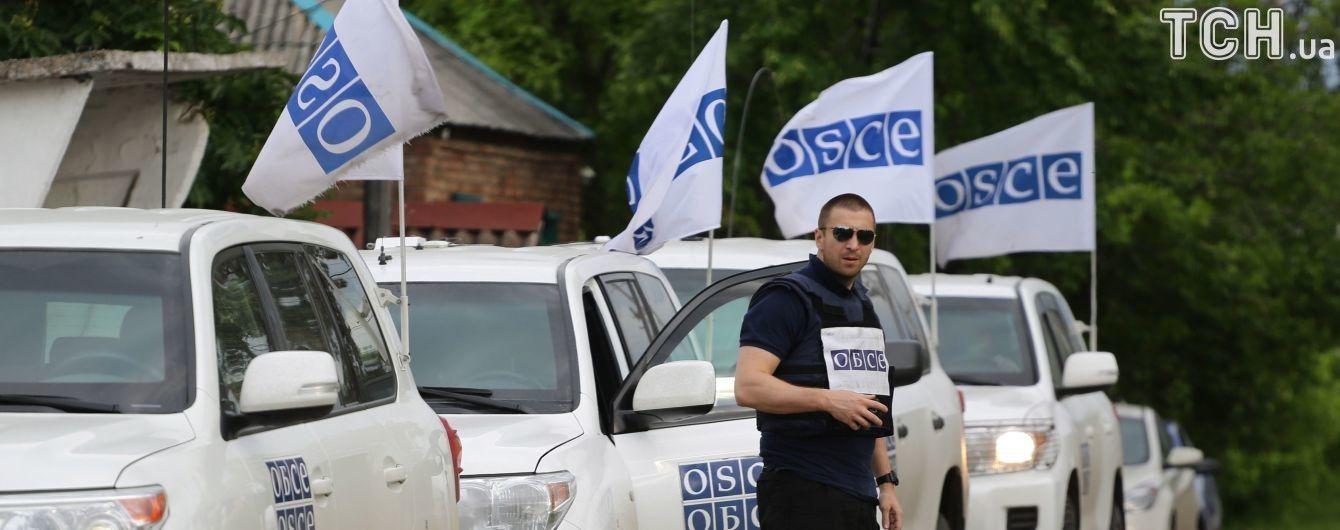 Боевики задержали миссию ОБСЕ в Пикузах и ранили украинского военного