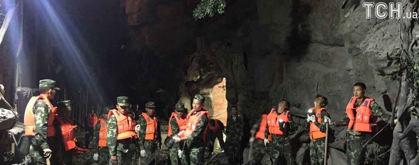 Українців серед постраждалих внаслідок землетрусу у Китаї немає