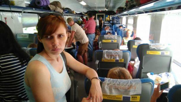 """Стоячий """"Інтерсіті"""". Залізничники не подали на посадку чотири вагони поїзда """"Одеса-Київ"""""""