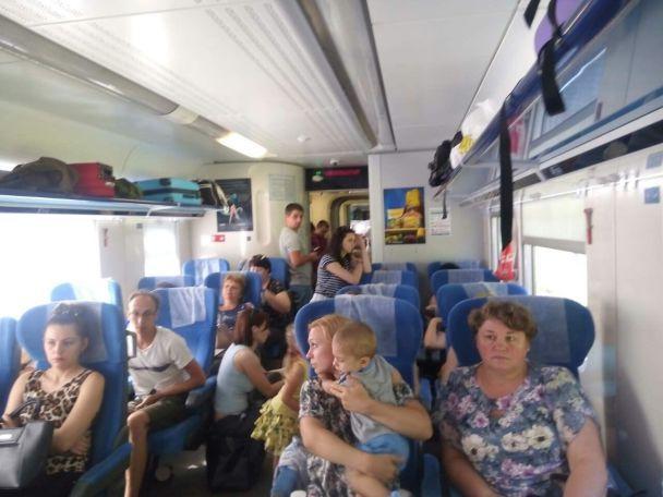 ВУЗ пояснили, чому пасажирам «Інтерсіті» довелося їхати «накартонці»