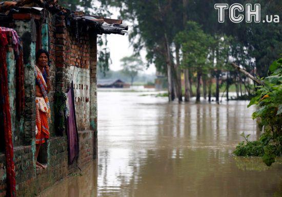 У Південній Азії щонайменше 175 осіб загинули через негоду