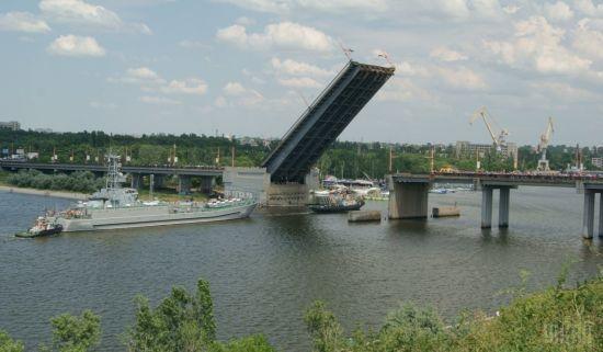Купатися і ловити рибу заборонено: у Миколаєві у річці виявили холеру